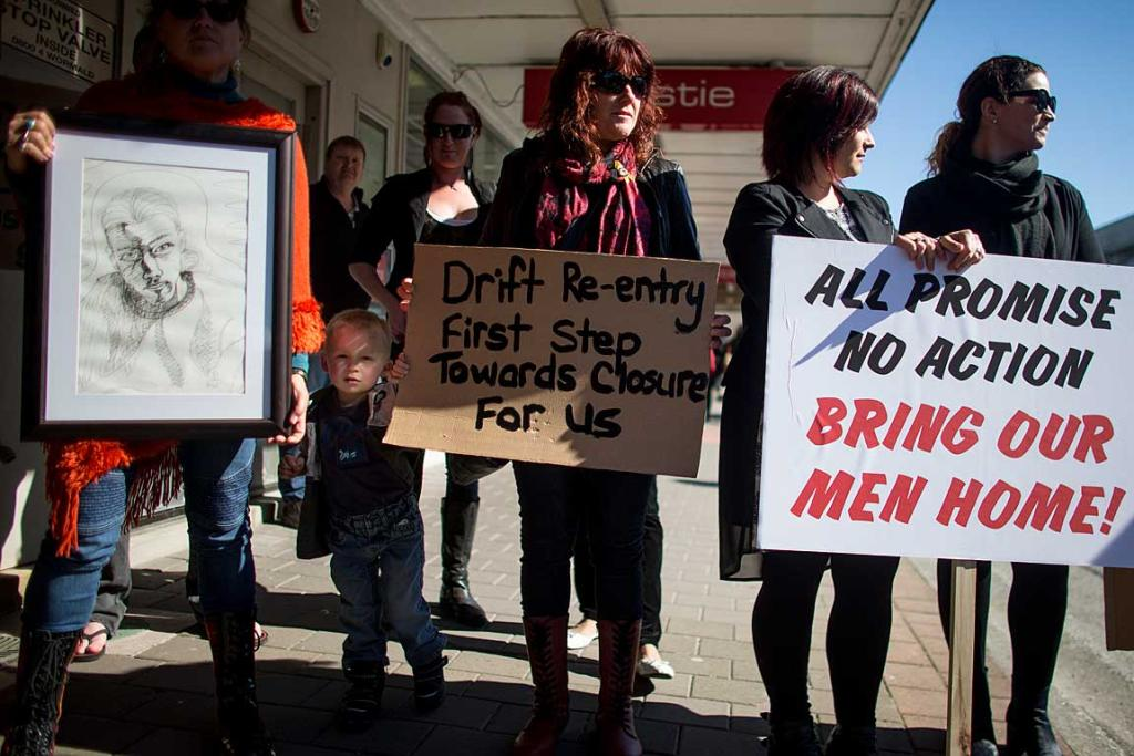 Families of Pike River Mine victims greet John Key