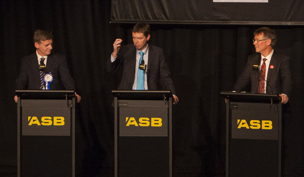 Finance debate in Queenstown