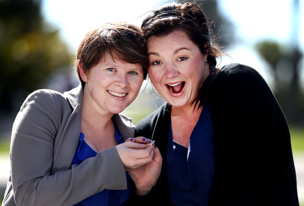 Best friends Malinda Wynyard and Sophie O'Donnell are willing to legally marry so they can win a trip to the 2015 Rugby World Cup.