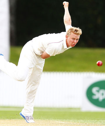 LINE AND LENGTH: Scott Kuggeleijn took a wicket against Surrey on a rain-shortened second day in London.