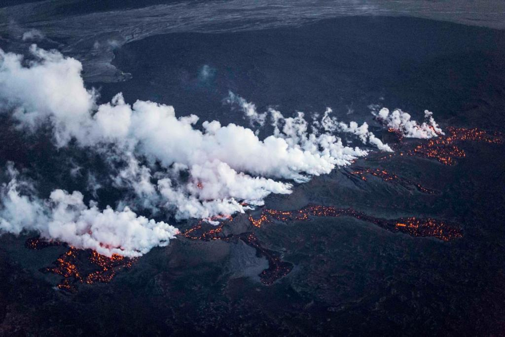 Picture shows magma along a 1-km-long fissure in a lava field north of the Vatnajokull glacier, which covers part of Bardarbunga volcano system on August 29.