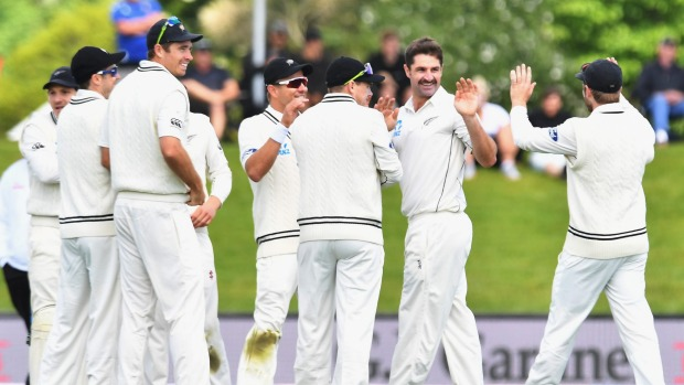 New Zealand at 104/3, trail by 29 runs vs Pakistan