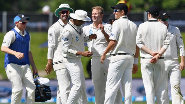 Zealand beat Pakistan by 8 wickets in 1st Test