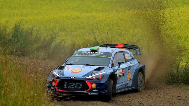 Paddon up to third in Rally Poland