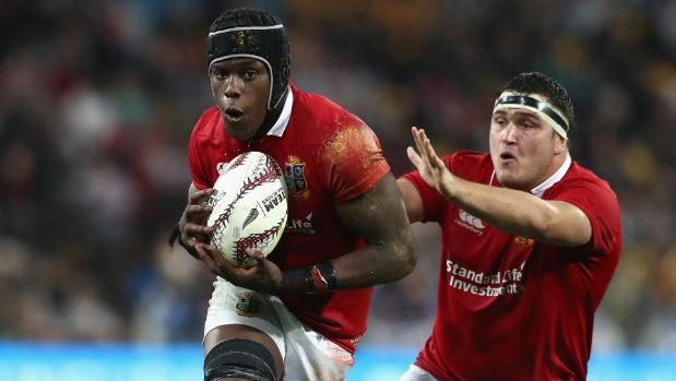 Lions bring in Itoje as Farrell switches to centre