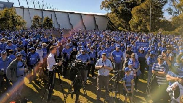 Thousands protest Western Force cull in Perth