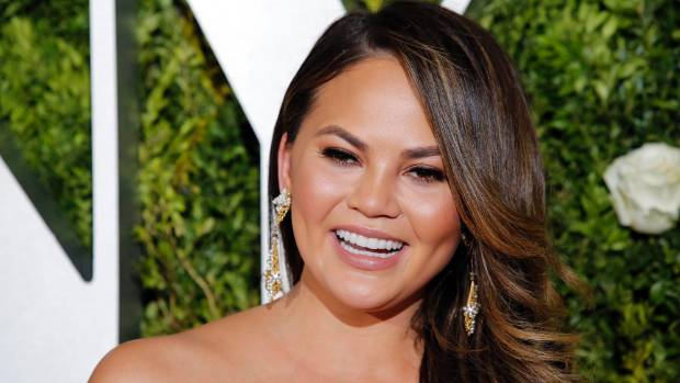 Chrissy Teigen draws fire after ballet twirl after upsetting ballerinas