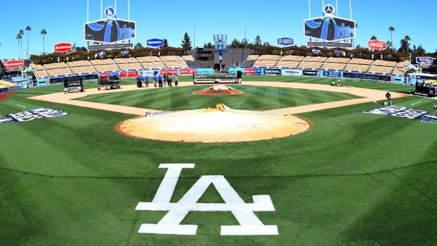 Dodgers head to World Series, Yankees eye a potential ALCS win
