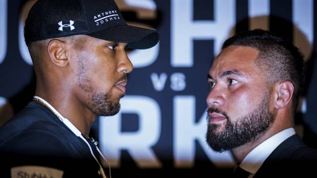 Anthony Joshua shows his class with message to Joseph Parker's mum