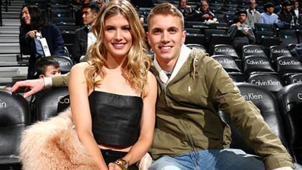 Mizzou student, tennis star Genie Bouchard seem be enjoying Super Bowl weekend