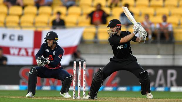 England edge New Zealand in third ODI