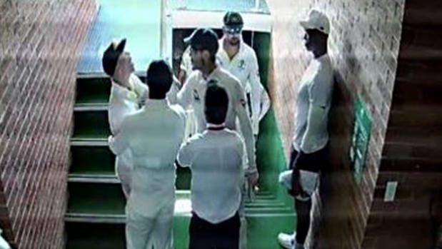 David Warner, Quinton de Kock charged over stairwell stoush