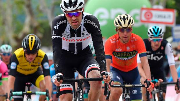 Mohoric claims Giro 10th stage, Yates maintains lead