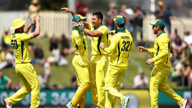 Harris half century gives Australia solid start in Sydney